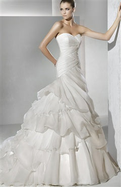 Organza White Trumpet/ Mermaid Sweetheart Strapless Chapel Train Wedding Dresses (Style Code: 07541) US$274.00