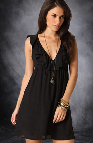 Chiffon Sleeveless Short Portrait Little Black Dresses. Style Code: 01298. US$89