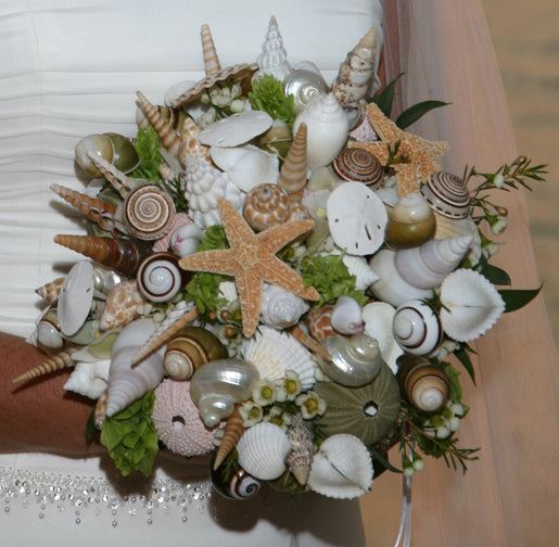 beach bouquet made of shells and coral