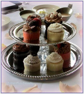 cupcakes wedding centerpiece