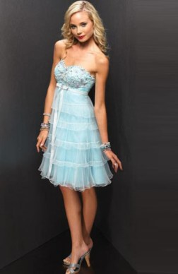 sweetheart tiered lace cocktail dress