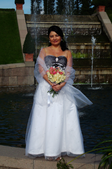 customer Svetlana wearing her wedding dress