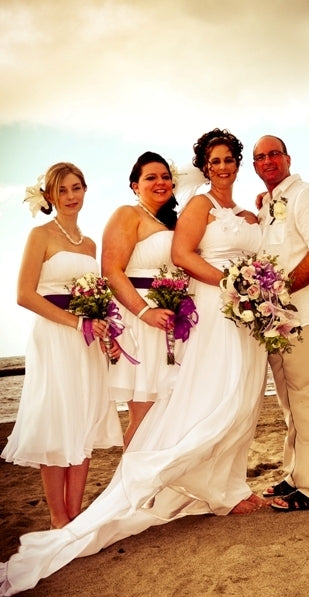 Heidi and her bridesmaids in their OuterInner.com dresses