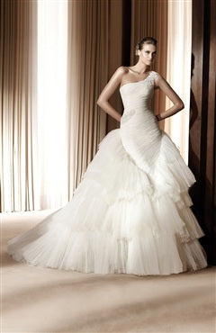 Applique Asymmetrical Shoulder Mermaid Bodice Layer Skirt Wedding Gown, Style Code: 05066, US$214.00