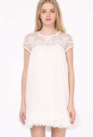 White Short Sleeve Lace Pleated Chiffon Dress