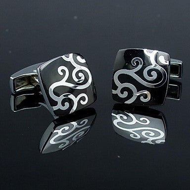 Fashionable Square Black Silver Man Floral Pattern Cufflink for Men (1pair)