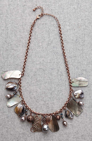 Seashore Row Dangle Coral Sheen Necklace image1