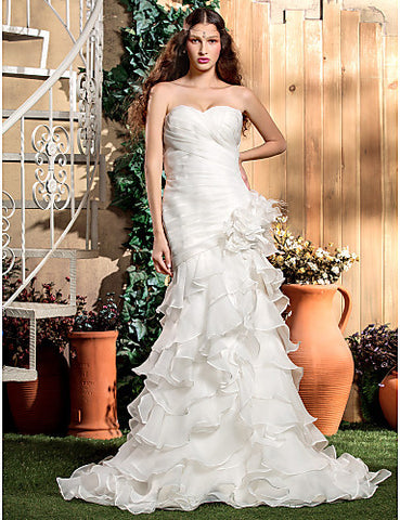 Fit and Flare Sweetheart Court Train Organza Wedding Dress