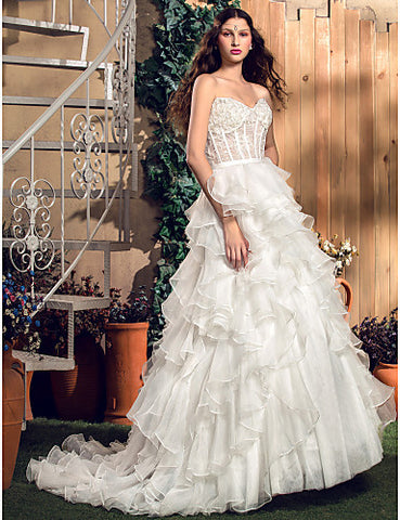 A-line/Princess Sweetheart Court Train Organza And Tulle Wedding Dress