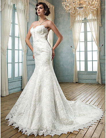 Trumpet/Mermaid Strapless Lace Wedding Dress