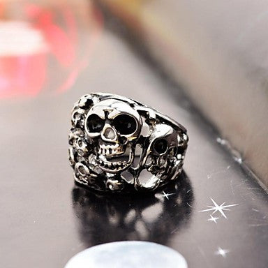 Domineering Men's Full Small Skull Stainless Steel Ring