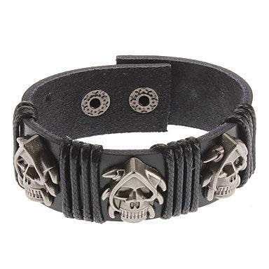 Bucktooth Crossbones Black Leather Bracelet