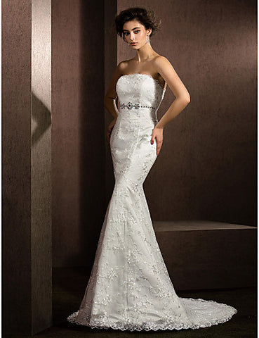 Trumpet/Mermaid Strapless Court Train Lace Wedding Dress (2487440)