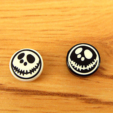 Men's Grimace Skull Magnet Cilp Earrings