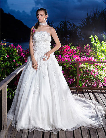 A-line Princess Strapless Court Train Tulle And Lace Wedding Dress (870979)