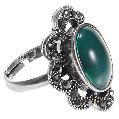 European Diamate Pierced Gem Green Rhinestone Statement Rings(1 Pc)