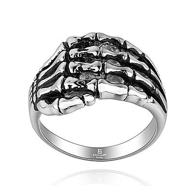 Classic Skeleton Hand Shape Men's Statement Ring(1 Pc)