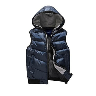 Men's Autumn and Winter New Fashion Hooded Sleeveless Thick Casual Pure Vests.