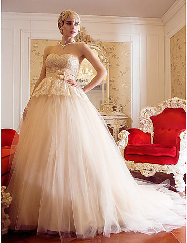A-line Princess Sweetheart Sweep/Brush Train Wedding Dress