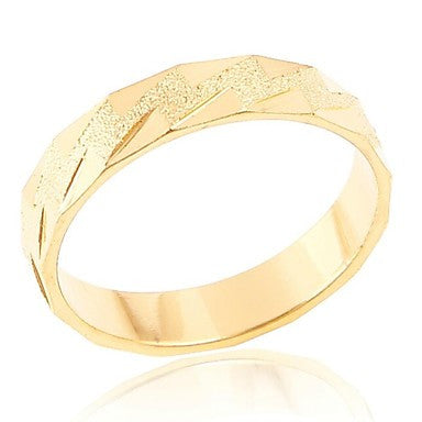 Mens Lmitation Gold Triangular Geometric Pattern Rings(Random Delivery)