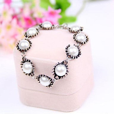 Popular Retro Pearl Bracelet