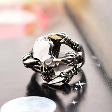 Fashion Special Men's Talon and Skull Stainless Steel Ring