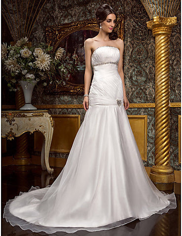 Fit and Flare Strapless Court Train Chapel Train Organza wedding dress