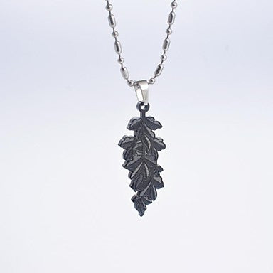 Fashion Titanium Steel Leaf Pendant Necklace