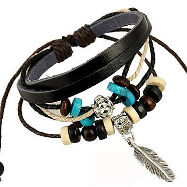 Fashion Leaf Pendant Leather Bracelet
