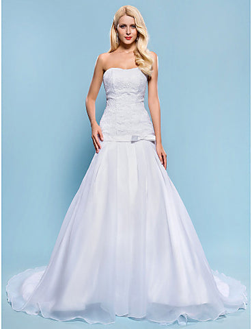 Fit and Flare Strapless Chapel Train Lace And Organza Wedding Dress