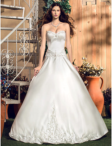 A-line/Princess Sweetheart Floor-length Satin Wedding Dress