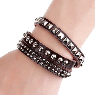 Punk Rivet 20cm Men's Brown Leather Leather Bracelet(Brown)(1 Pc)