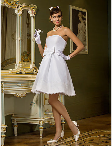 A-line Princess Strapless Knee-length Sashes/Ribbons Taffeta Wedding Dress
