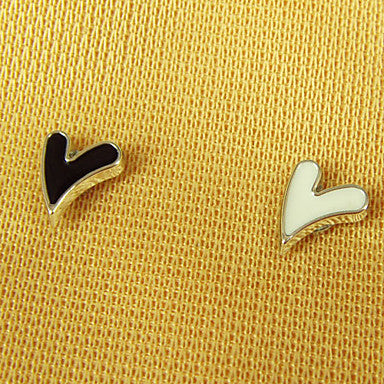 Men's Alloy Heart Magnet Cilp Earrings(Random Color)