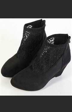 Spandex Surface Boots With Lace Pattern Insert