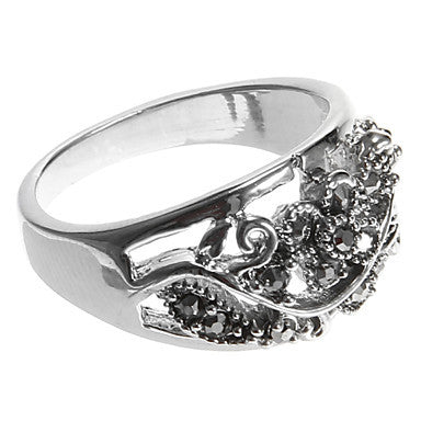 European Diamate Pierced Flower Statement Rings(1 Pc)