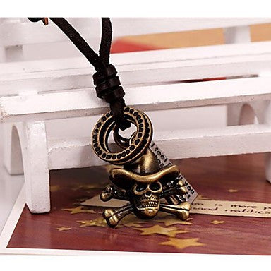 Lureme Vintage Style Leather Hooded Skull Pendant Alloy Necklace