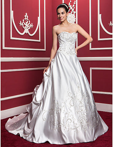 A-line/Princess Sweetheart Chapel Train Satin Wedding Dress