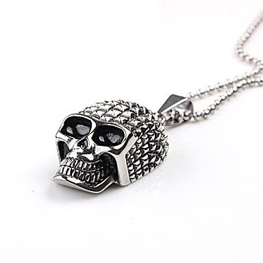 Mumar Classic Personalized Skull Shaped Stainless Steel Jewelry Pendant Necklace with 60 cm Chain
