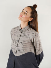 Load image into Gallery viewer, Relaxed Grey Wave Shirt Top
