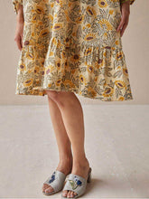 Load image into Gallery viewer, Sunflowery Dress