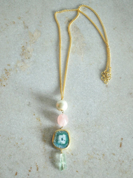 Agate and Pearl