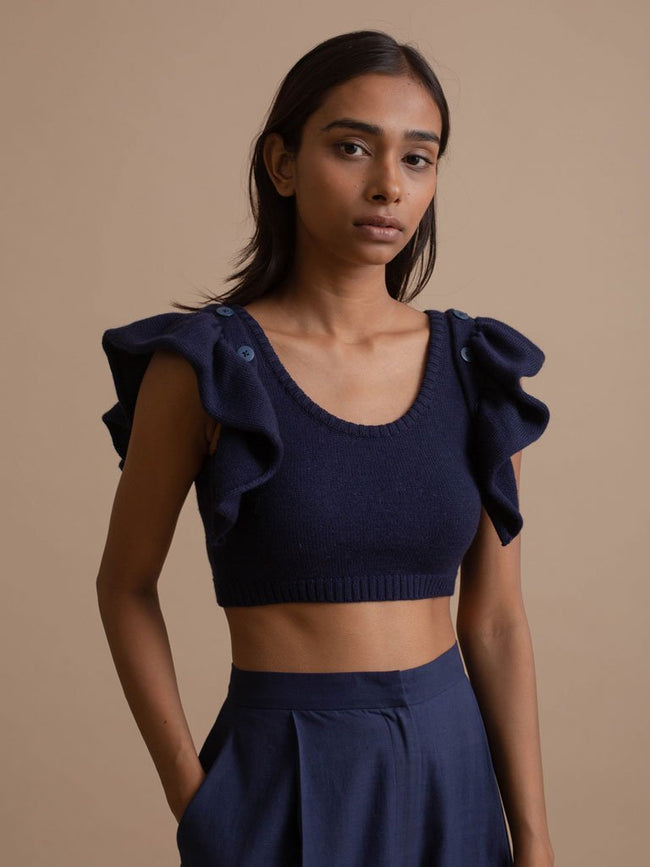 Detachable Detailed Sleeve Woolen Crop Top