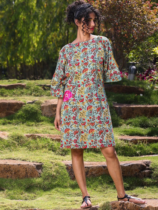 Green floral print dress with slit sleeve detail