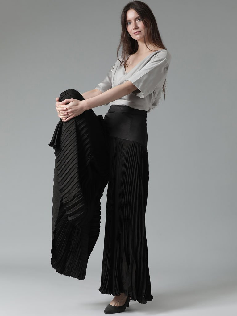 Silky accordion pleated wide leg trouser