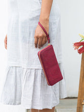 Load image into Gallery viewer, Willow Wristlet-CARD CASES-IKKIVI