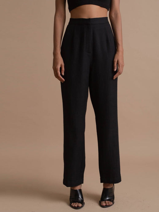 Beautifully Crafted Black Woolen Narrow Cut Trouser