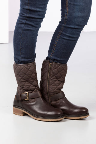 Ladies Short Quilted Boots