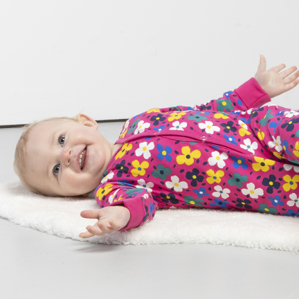 What Should a Baby Wear to Bed