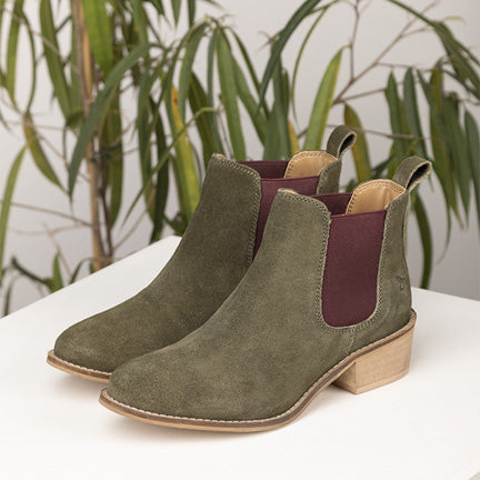 What to wear with Chelsea boots